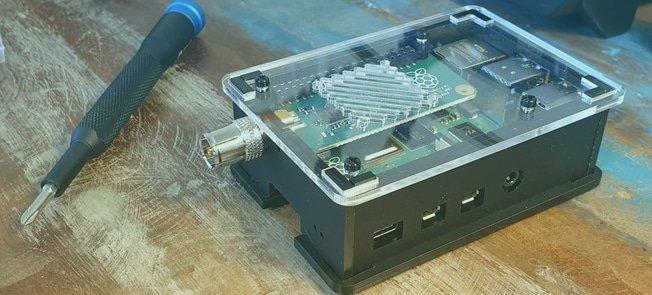 TV HAT Raspberry Pi Behuizing - Montage Instructies
