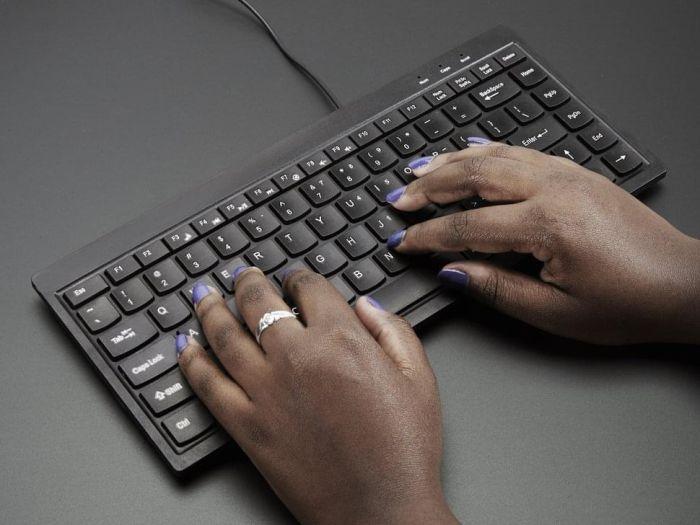 Mini Chiclet Keyboard USB Wired Black