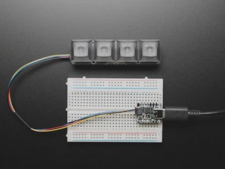 NeoKey 1x4 QT I2C - Four Mechanical Key Switches with NeoPixels